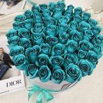 Бирюзовые розы в коробке Бизнес-букеты Бирюзовые Venus in Fleurs