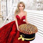 Золотые розы в коробке Бизнес-букеты Золотые Venus in Fleurs