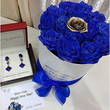 Купить синие розы с доставкой в Москве