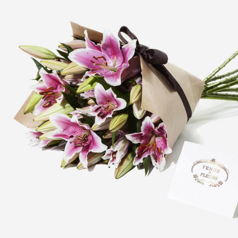 Герберы, доставка букетов москва, лилии