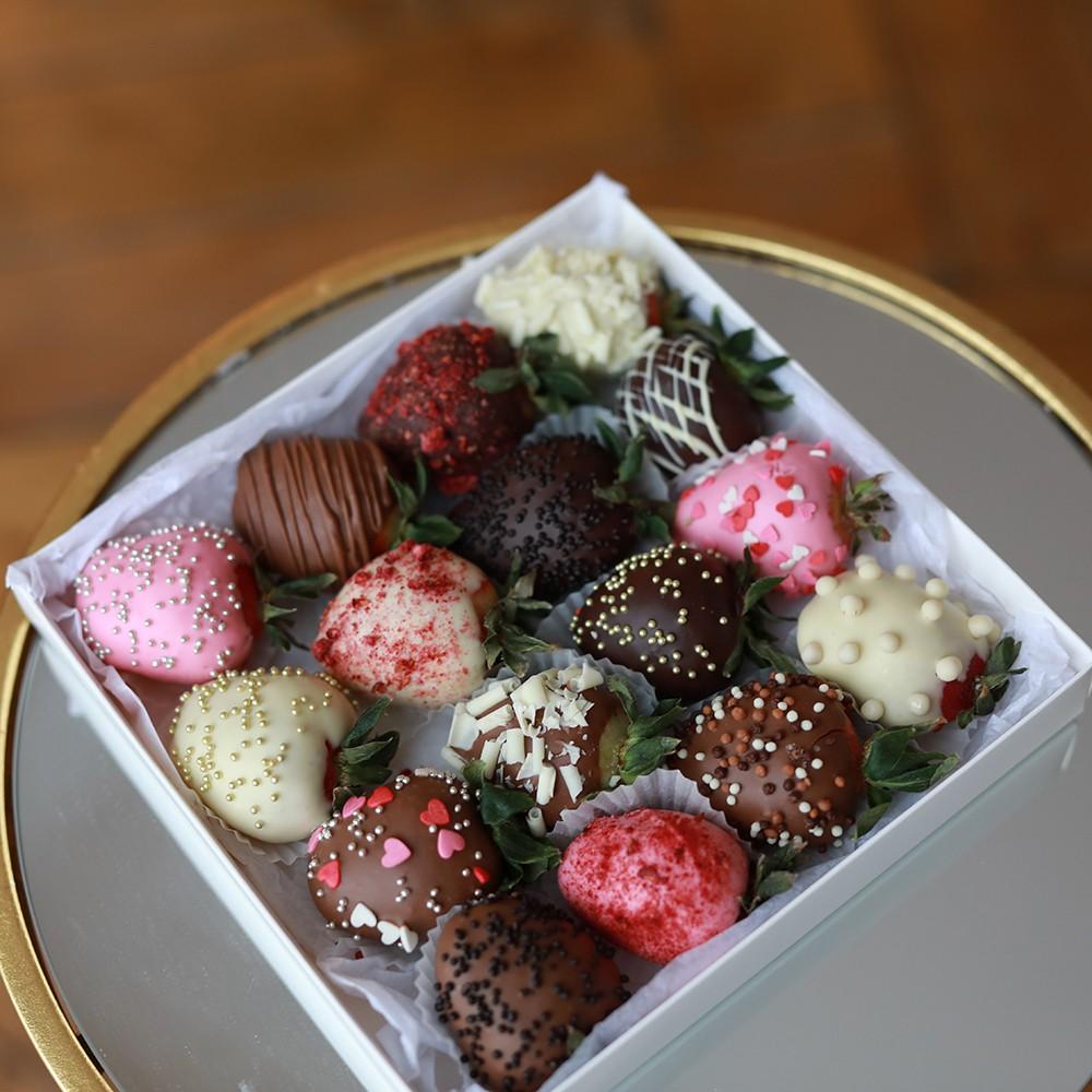 "Клубника в шоколаде ""Ассорти"" Клубника в шоколаде Venus in Fleurs"