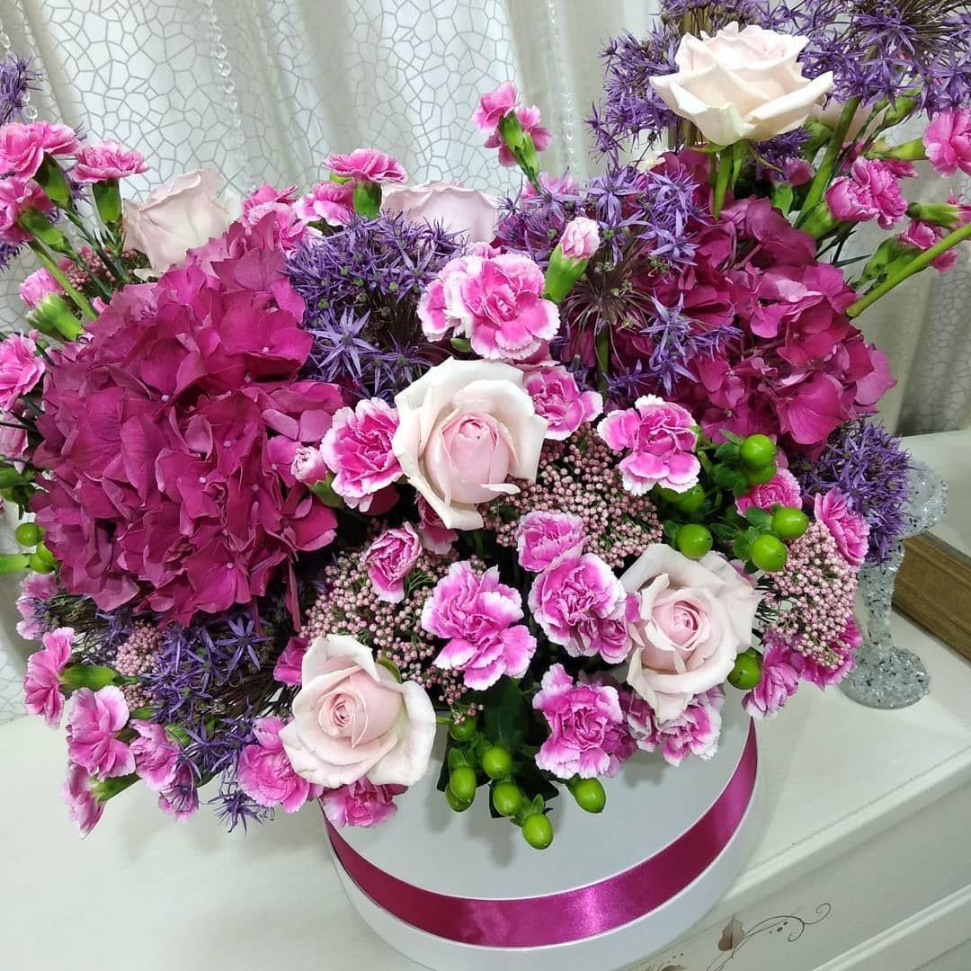 """Букет """"Нежный микс"""" - 101 шт Цветы в коробке Розовые"""