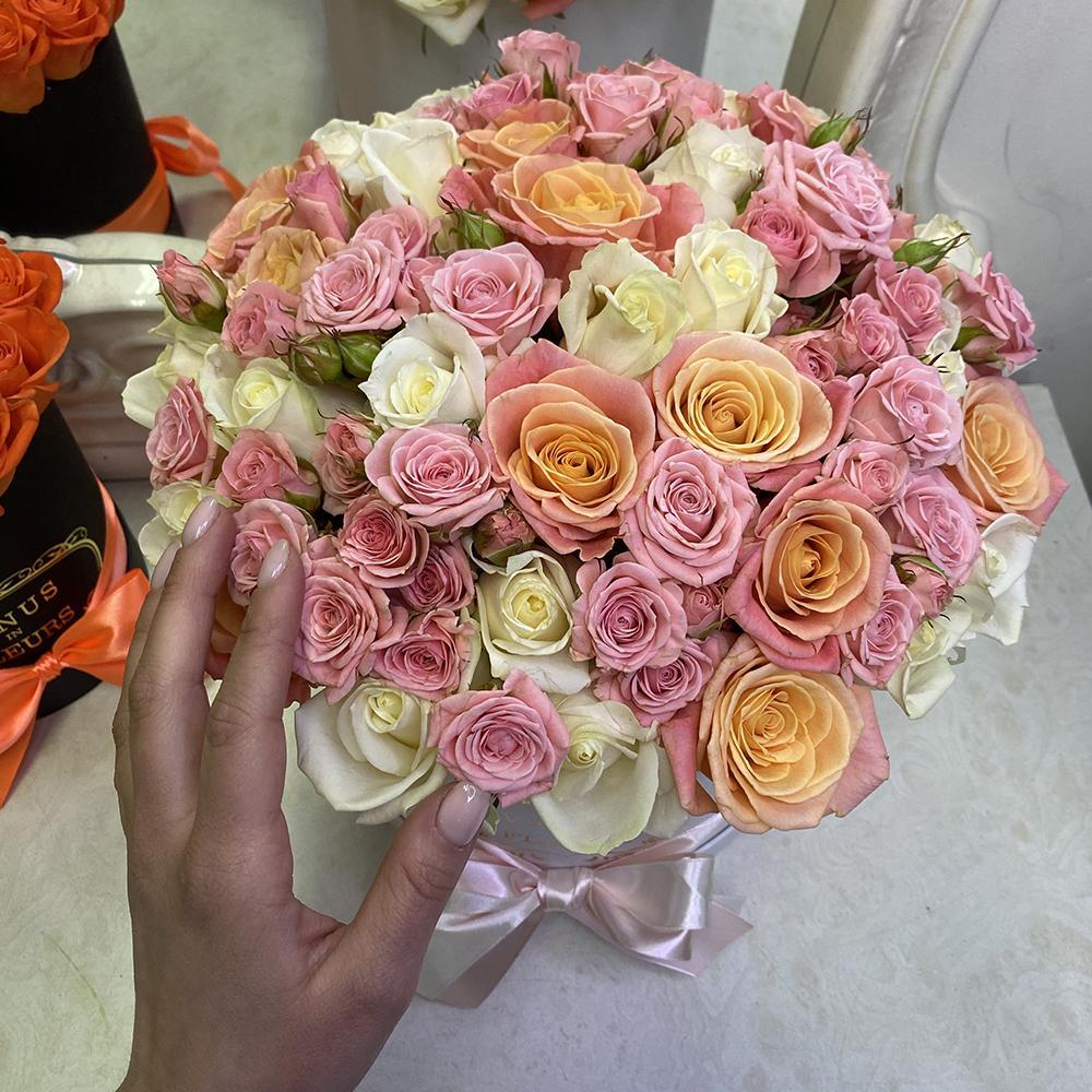 51 роза - воздух свободы 51 роза в коробке Розовые Venus in Fleurs