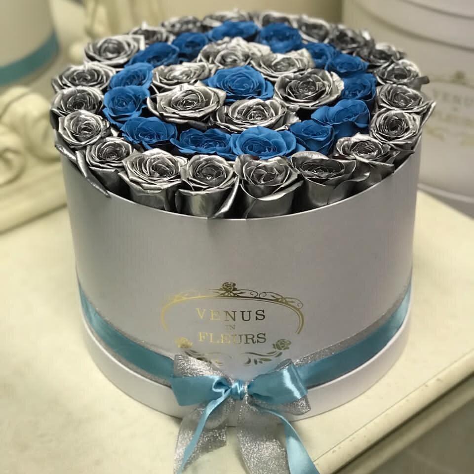 51 сине-серебряная роза по спирали 51 роза в коробке Синие Venus in Fleurs