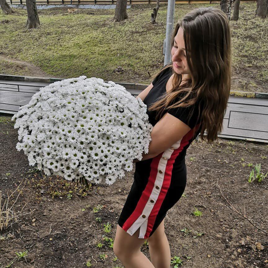 51 хризантема в букете Букет из 51 розы Белые Venus in Fleurs