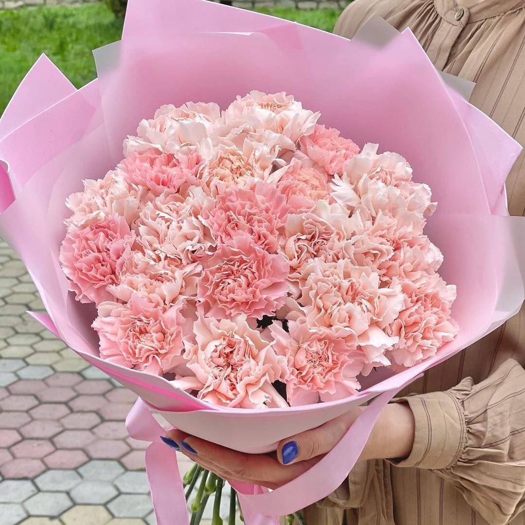 29 нежных гвоздик в букете Гвоздики Розовые Venus in Fleurs