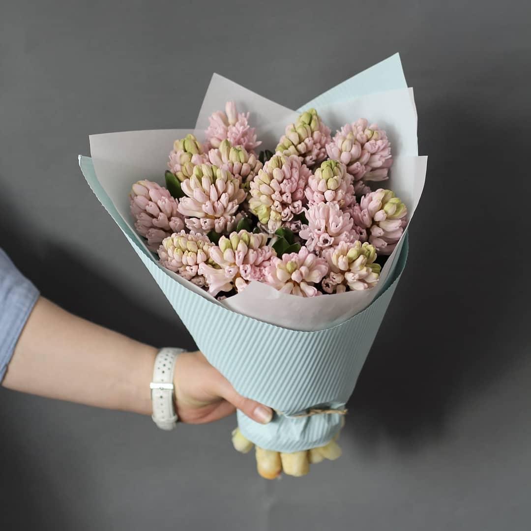 9 розово-зеленых гиацинт в букете Гиацинты Розовые Venus in Fleurs