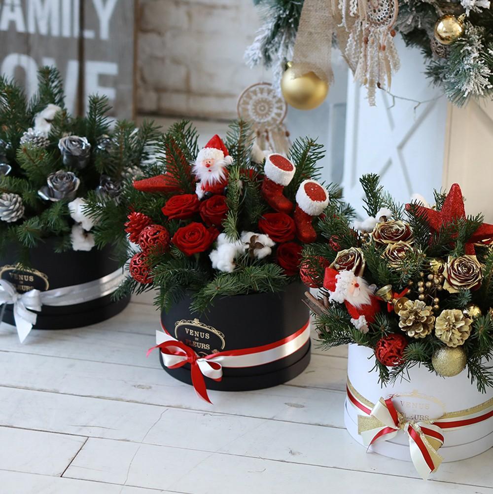 Новогодний букет из красных роз Новый год Красные