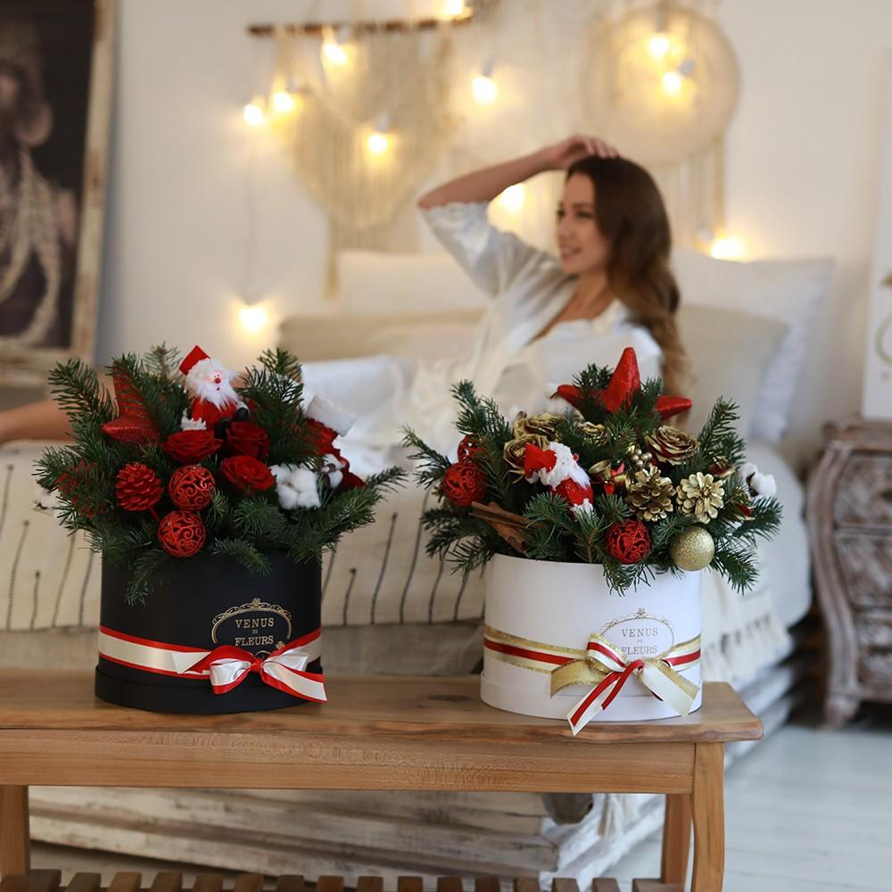 Новогодний букет из красных роз Новый год Красные Venus in Fleurs