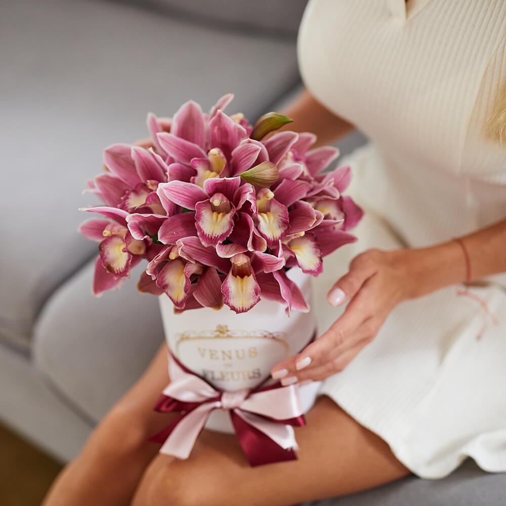 Розовые орхидеи Фиолетовые Venus in Fleurs