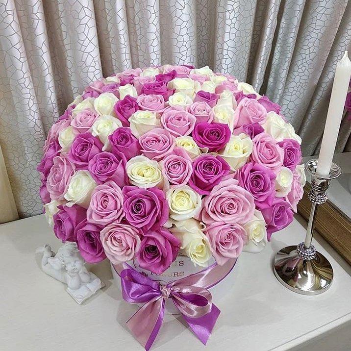 Нежно-розовые розы от 61 шт. Бизнес-букеты Розовые Venus in Fleurs