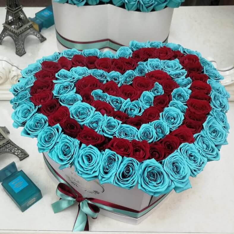 Тиффани с красными - сердце Розы в коробке Красные