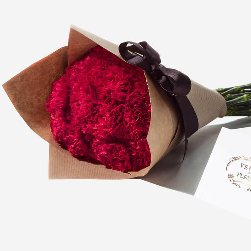 19 красных гвоздик в букете Букеты Красные Venus in Fleurs