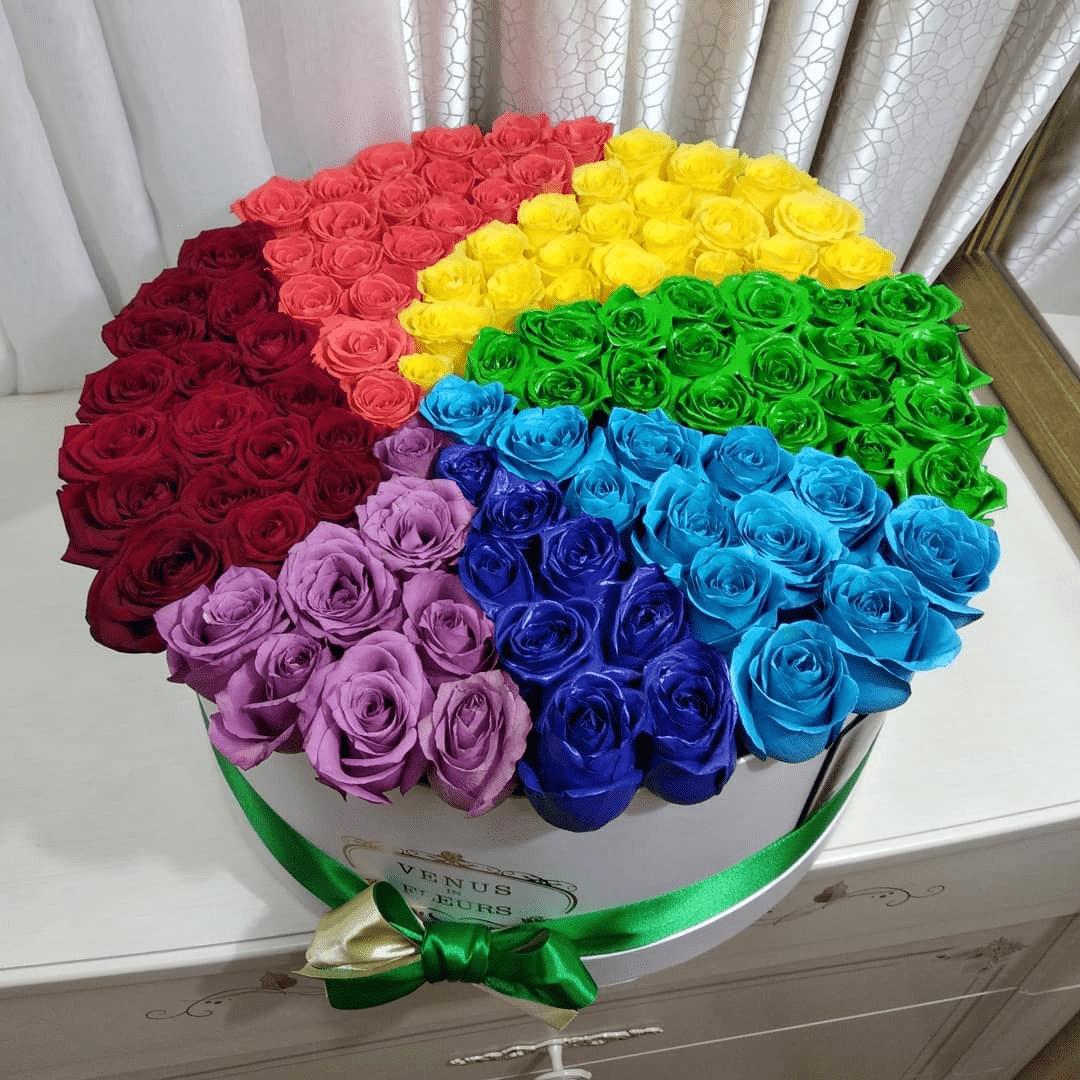 Skittles - радуга вкуса ВИП букеты Красные Venus in Fleurs