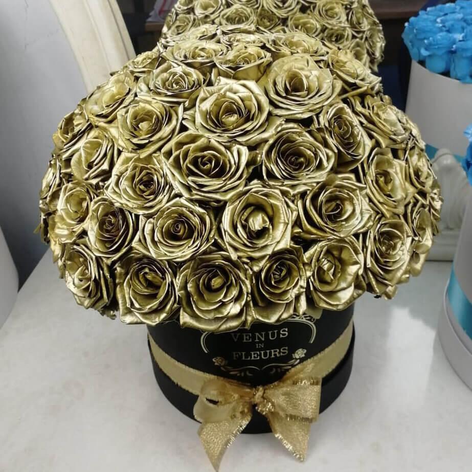 Золотые розы в коробке - Шар Розы в коробке Золотые