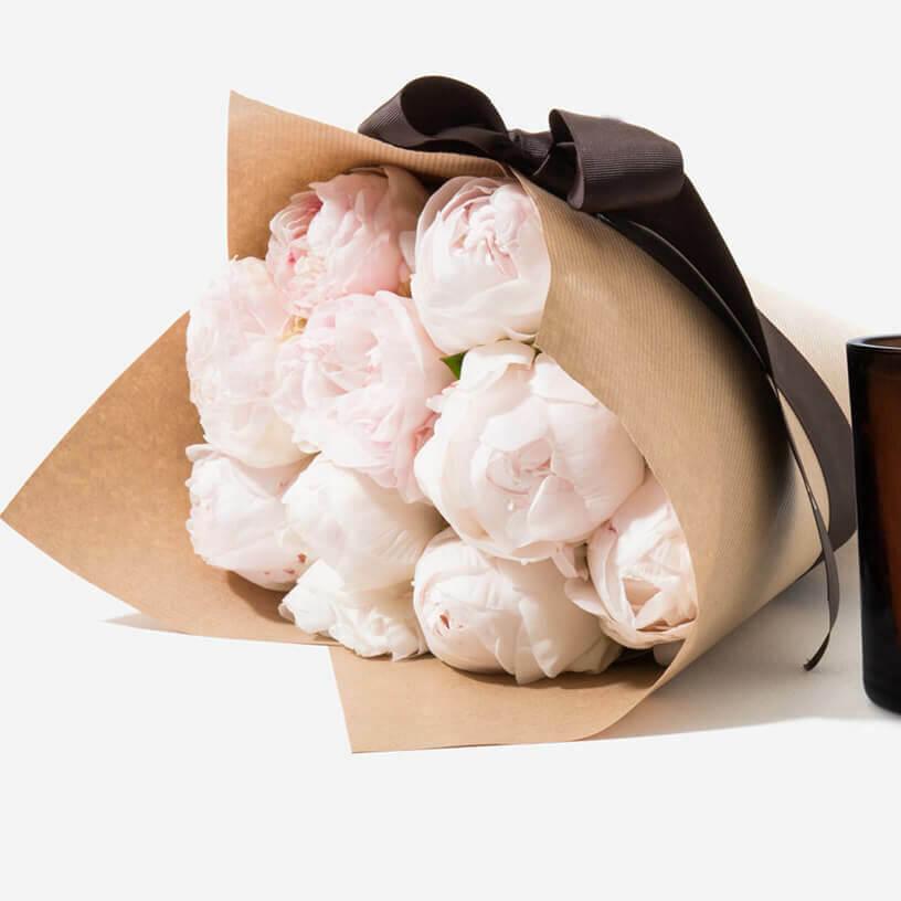 Букет белых пионов Бизнес-букеты Белые Venus in Fleurs