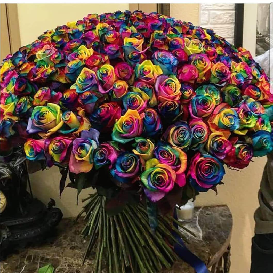 Букет радужных роз Букеты Радужные