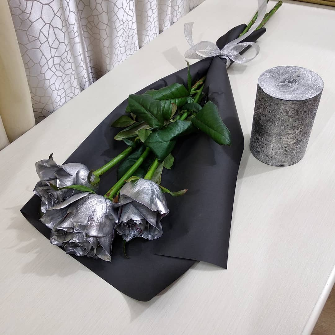 Серебряная роза - поштучно Серебряные розы Серебряные Venus in Fleurs
