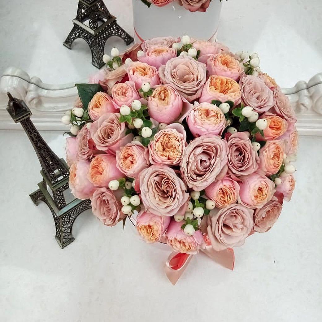 Кофейные розы - пионовидные Бизнес-букеты Белые Venus in Fleurs