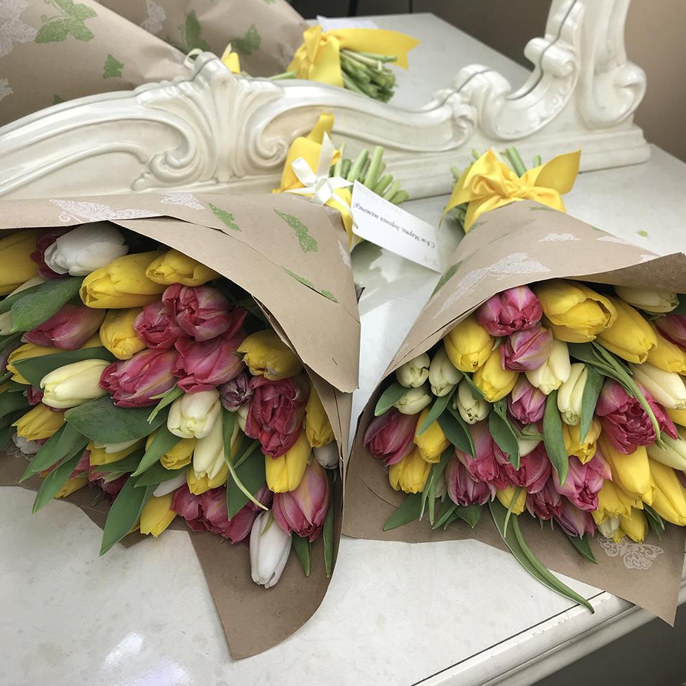 Красивый букет тюльпанов Букеты Розовые Venus in Fleurs